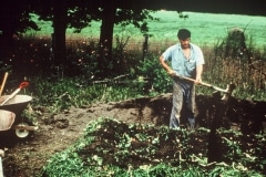 Carmel_046_1979_X_X_apprentices-working-in-the-garden_photo-courtesy-The-Chadwick-Society