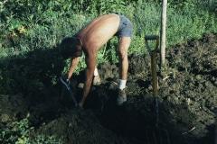 Covelo-05_1976-1977_Apprentices-working-in-Garden-various_14