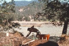 Covelo-05_1976-1977_Apprentices-working-in-Garden-various_26