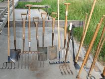 03_Garden-Tools-Equipment_Various-Garden-Hand-Tools-Implements