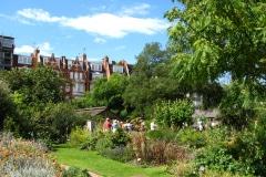 4-X_X_X_Chelsea-Physic-Garden_Rear-Garden_Photographer-Unkown_Alans-Garden-Influences