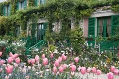 11-Giverny-Garden-France_of-Claude-Monet_Main-Home_Alans-Garden-Influences