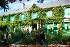 11a-Giverny-Garden-France_of-Claude-Monet_Main-Home_Alans-Garden-Influences