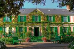 8-Giverny-Garden-France_of-Claude-Monet_Main-Home_Alans-Garden-Influences