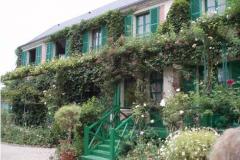 8a-Giverny-Garden-France_of-Claude-Monet_Main-Home_Alans-Garden-Influences