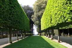 12-Hidcote-Manor-UK_Alans-Garden-Influences