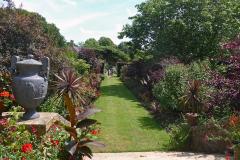 16-Hidcote-Manor-UK_Alans-Garden-Influences