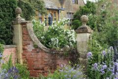 8-Hidcote-Manor-UK_Alans-Garden-Influences