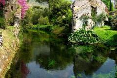 10-Ninfa-Gardens-Italy_Alans-Garden-Influences