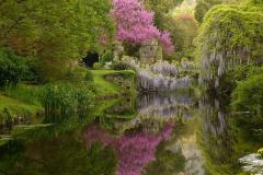 17-Ninfa-Gardens-Italy_Alans-Garden-Influences