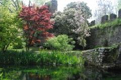 27-Ninfa-Gardens-Italy_Alans-Garden-Influences