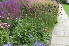 10-Vita-Sackville-Wests-Sissinghurst-Gardens_Flower-Garden_Alans-Garden-Influences