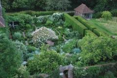 4-Vita-Sackville-Wests-Sissinghurst-Gardens_Aerial-View_4_Alans-Garden-Influences