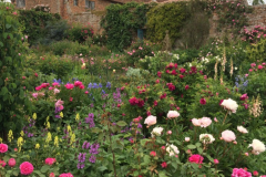 9-Vita-Sackville-Wests-Sissinghurst-Gardens_Flower-Garden_Alans-Garden-Influences