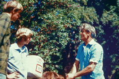 06-1971_X_X_The-UCSC-Photo-Collection_Alan-Chadwick-with-Stephen-Decater-Stephen-Kaffka-apprentices__